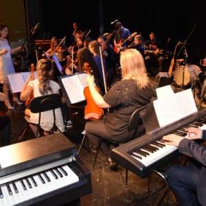 Aula de Prática de Orquestra em Curitiba Ritmo e Som