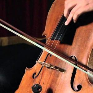 Aulas de Violoncelo Cello em Curitiba - Ritmo e Som