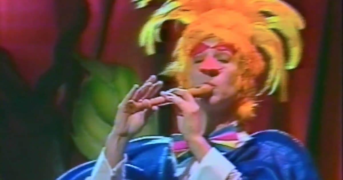 Passarinho-que-som-é-esse-som-da-flauta-doce